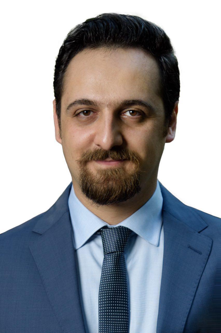 تصویر دکتر امیرحسین خطیبی
