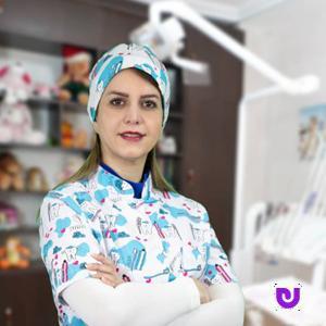تصویر دکتر آوا عماد الساداتی